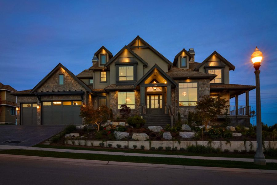 7 Bed + 7 Bath, Morgan Creek: 7026 ft² / Lot Size 17295 ft²