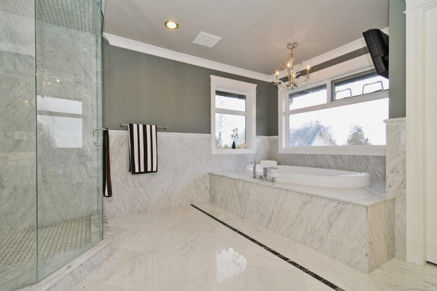 8 Bed + 10 Bath, Morgan Creek: 8500 ft² / Lot Size 28000 ft²