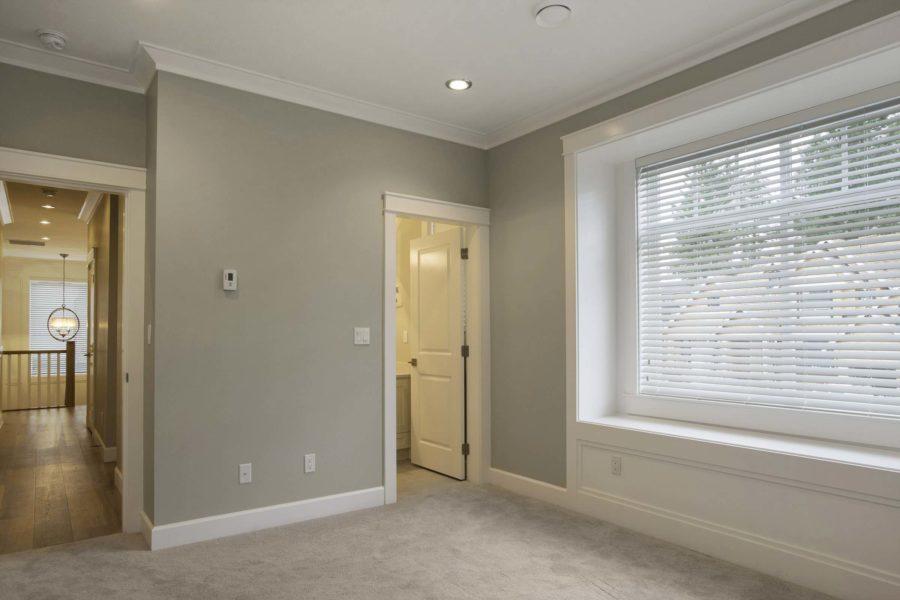 5 Bed + 5 Bath, Morgan Creek: 4599 ft² / Lot Size 10067 ft²