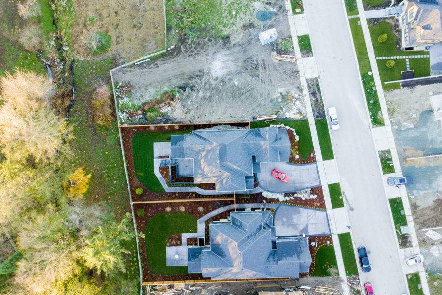 5 Bed + 5 Bath, Grandview Heights: 5723 ft² / Lot Size 10010 ft²