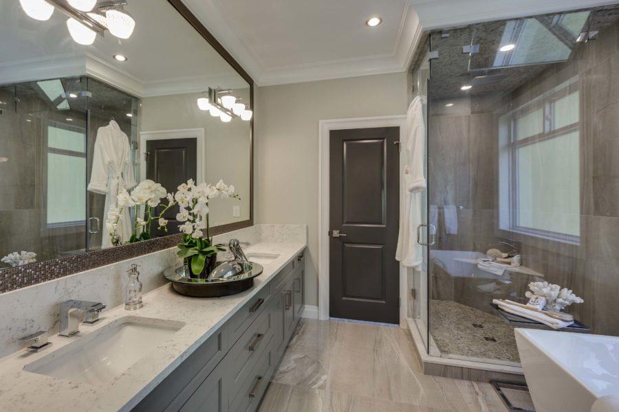 5 Bed + 5 Bath, Morgan Rise: 5330 ft² / Lot Size 10229 ft²