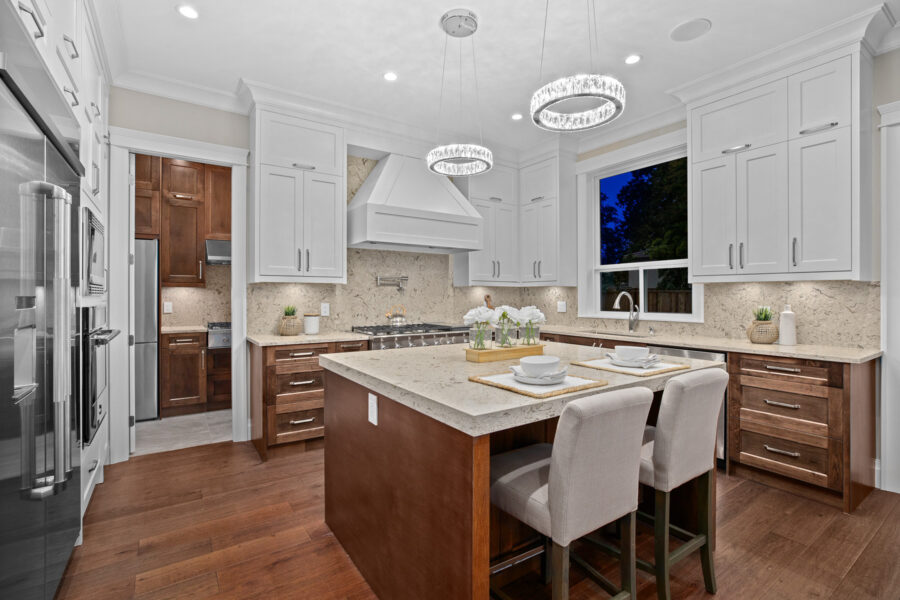 4 Bed + 4.5 Bath, Semiahmoo: 3353 ft² / Lot Size: 6052 ft²